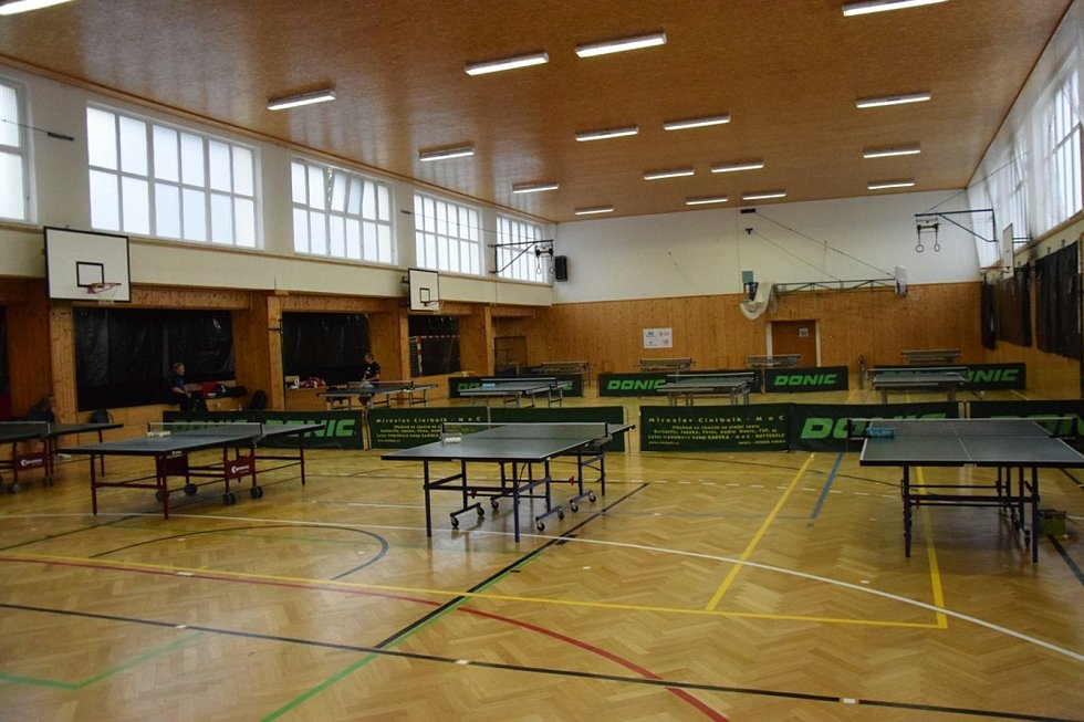 Mezinárodní kemp mladých stolních tenistů ve Vimperku.