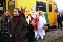 Mikulášksá jízda vlakem.