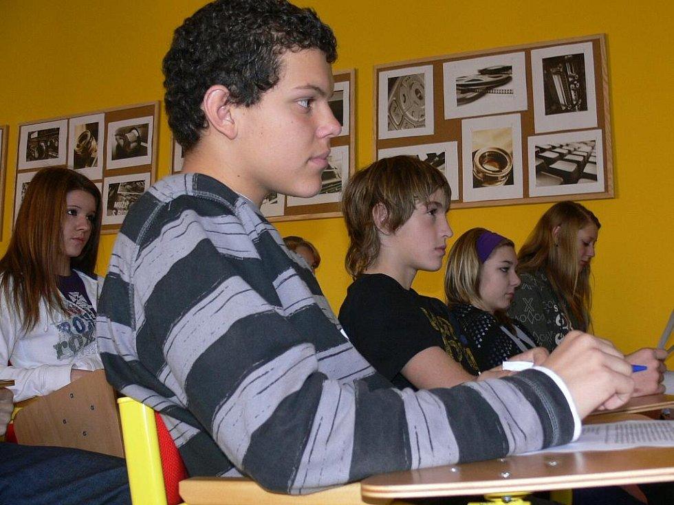 Žáci sedmých až devátých tříd si připomněli historii.