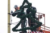 Volarští už připravili vánoční výzdobu.
