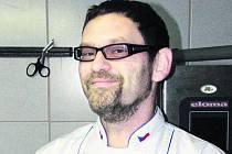 Dnes pro vás vaří Antonín Olah.