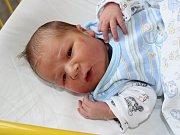 V sobotu 21. října v 8 hodin a 35 minut se v prachatické porodnici narodil Adam Vitkovič. Vážil 3400 gramů. Rodiče Petra Fišerová a Marek Vitkovič spolu v Prachaticích vychovávají také Ellu, které je čtyři a půl roku.