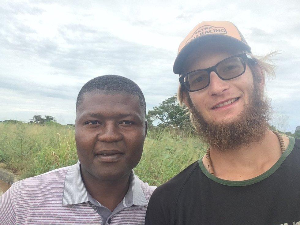 Z Demokratické republiky Kongo zamířil Tadeáš Šíma do Angoly.