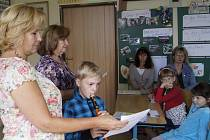 Zahájení školního roku v Lenoře.