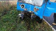 Řidiče multikáry z místa nehody transportoval vrtulník.