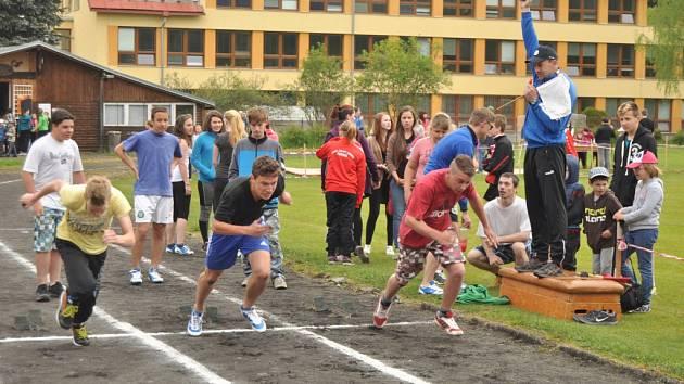 Atletická regionální soutěž ve Zdíkově.