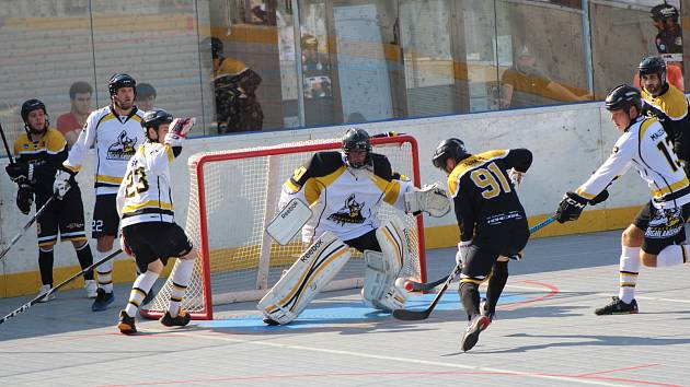 Úvod sezony Horalům nevyšel, v prvním domácím zápase podlehli Suchdolu 1:6.