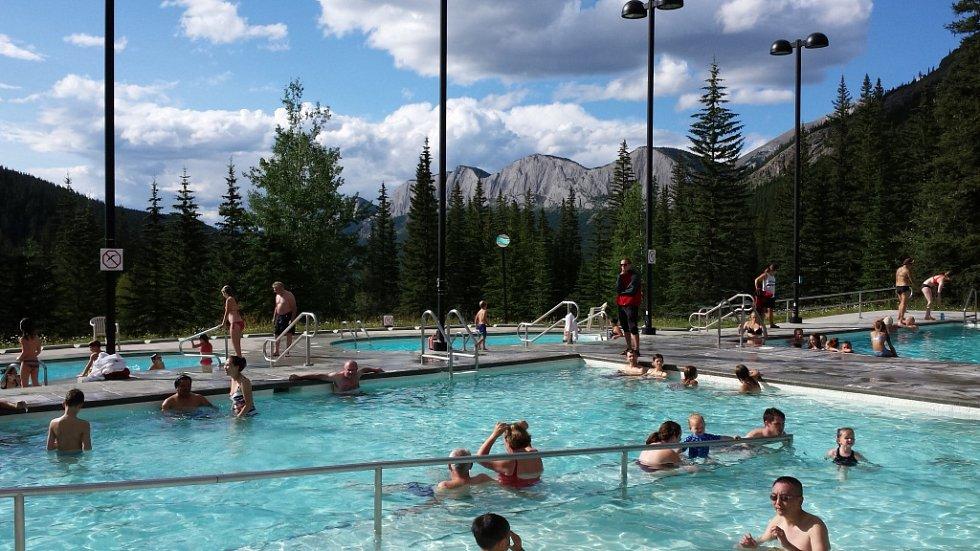 Termální prameny na Miette Hot Springs.