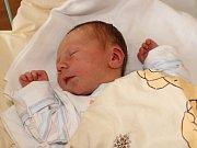 Jan Velek se narodil v prachatické porodnici v úterý 24. ledna dvě hodiny a deset minut po půlnoci. Vážil 2,60 kilogramu. Rodiče Lenka a Pavel jsou z Husince. Na brášku se těší tříletá Lucie.