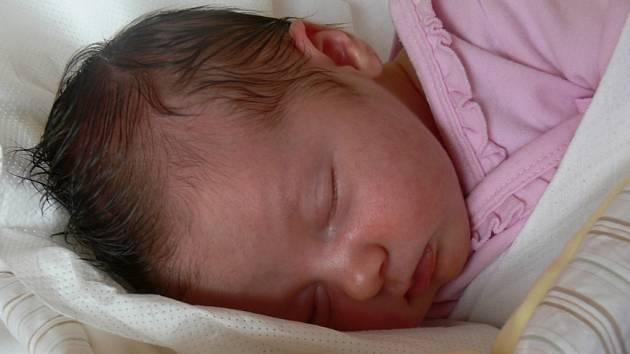 Laura Lebedová se v prachatické porodnici narodila ve středu 18. července v 02.35 hodin. Vážila 4000 gramů a měřila 52 centimetrů. Rodiče Michaela a Pavel si dceru odvezou domů, do Žernovic.