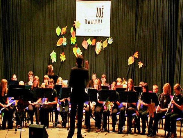KRÁSNÁ HUDBA. Volarský dechový orchestr je známý nejen u nás, ale i v zahraničí. V letošním roce zahraje také v německém Perlesreutu.