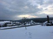 Zasněžená Šumava na konci dubna.