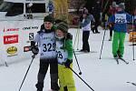 Vodník přivítal na sto padesát mladých lyžařů.