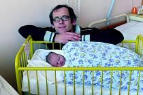 Eliška Důrová se v prachatické porodnici narodila ve středu 24. října v 05.35 hodin. Holčička vážila 3150 gramů a měřila 48 centimetrů. Rodiče Lenka a Jiří si svou prvorozenou dceru odvezou domů, do Prachatic.