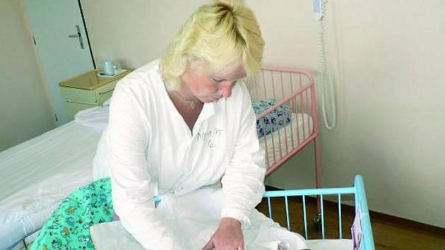 """DANIEL NA NEMOCNICI NEČEKAL. """"Bylo to opravdu hodně rychlé, ale naštěstí bez komplikací,"""" komentuje narození syna Petra Šubová z Lenory."""