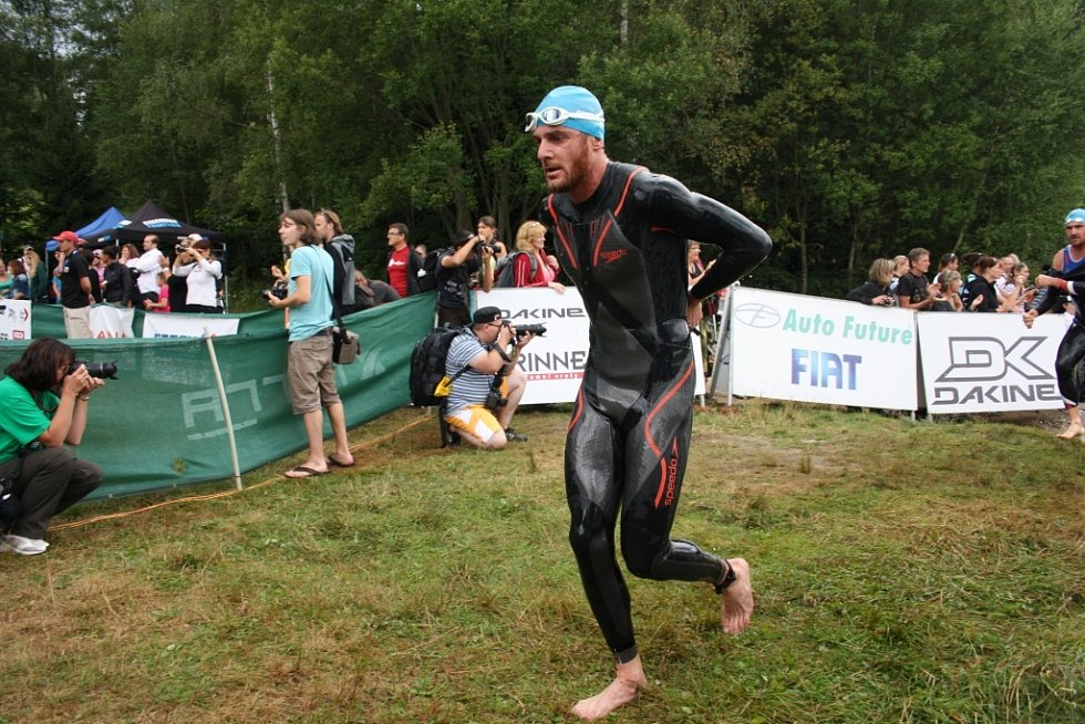 1500 metrů v Křišťanovickém rybníku zvládl Francouz Cedric Lassonde jako pátý.
