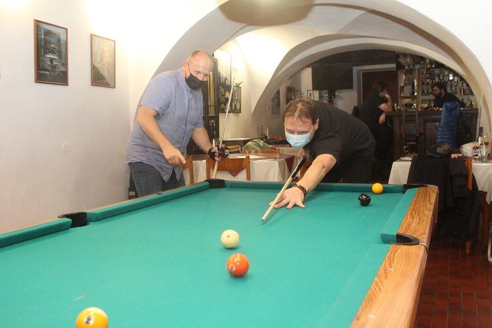 V Baru v Koutě v Prachaticích odstartovala historie Jihočeského Mosconi Cupu.