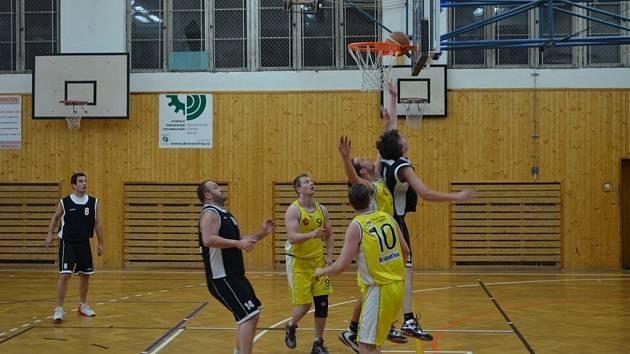 Vimperští basketbalisté přehráli Pelhřimov.