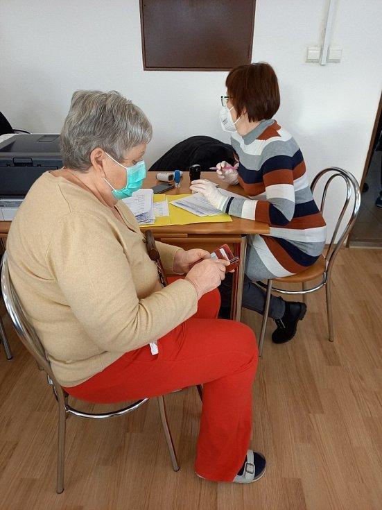Očkování obyvatel Domu s pečovatelskou službou Skalka v Prachaticích.
