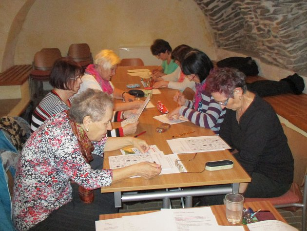 Zájemci o trénování paměti si mohli v knihovně vyzkoušet, jak jejich paměť funguje.