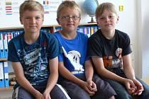 Na otázky odpovídali žáci Základní školy v Národní Jaroslav Kolka, Jiří Růžička a Rudolf Michálek.