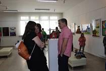 Vernisáž výstavy dětí výtvarného oddělení ZUŠ Volary.