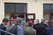 Pohřeb vojáka Tomáše Procházky v jeho rodných Prachaticích.