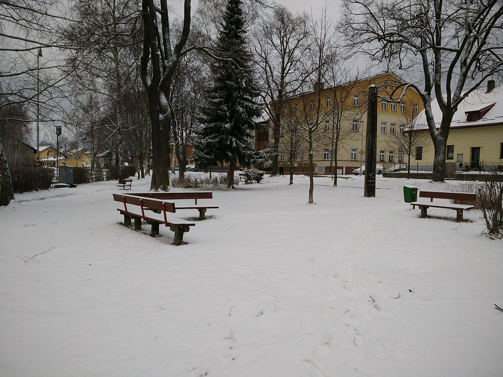 Úklid sněhu ve Volarech.