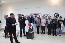 Vernisáž výstavy Ivana Uhlíře ve Volarech.