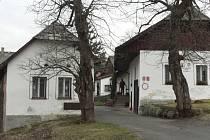 Klienti Domečku se nedávno z Hrabic (na snímku) přestěhovali na Javorník.