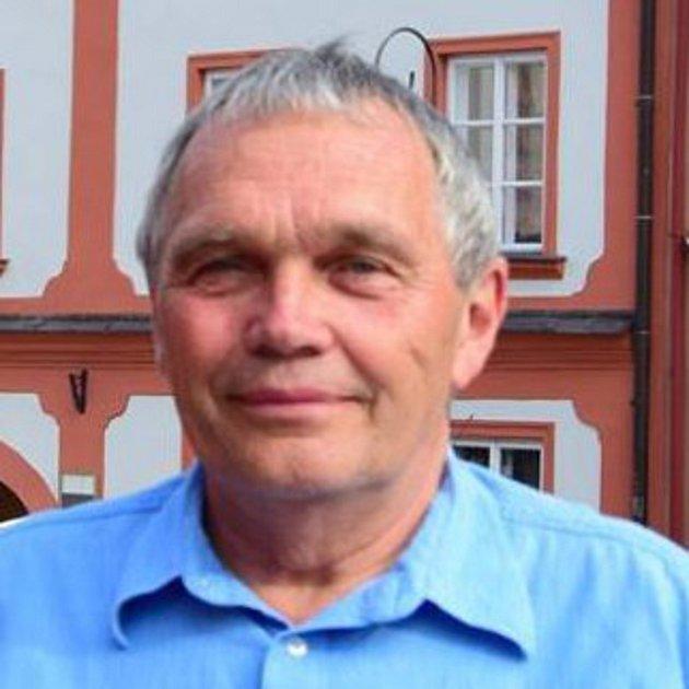 Bohumil Petrášek, 67let, Starostové a Nezávislí