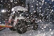 Kvildu do rána zasypalo třicet centimetrů sněhu.