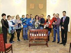 Ve středu 25. října vítali Volarští nové občánky města.