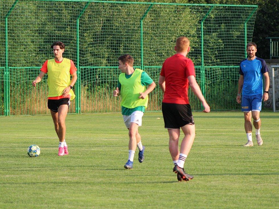 Fotbalisté Tatranu Prachatice zbrojí na novou sezonu.