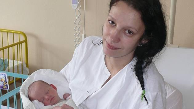 Šimon Roule se v prachatické porodnici narodil ve středu 10. září devět minut po deváté hodině dopolední. Vážil 2760 gramů a měřil 48 centimetrů. Doma ve Volarech na malého Šimona a maminku Michaelu čekala čtyřletá sestřička Daniela.