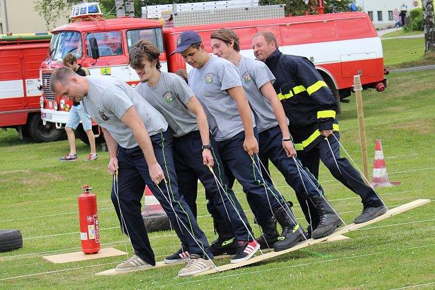 Zbytinští hasiči uctili památku svého bývalého velitele.