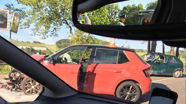 Nehoda u Hracholusk.