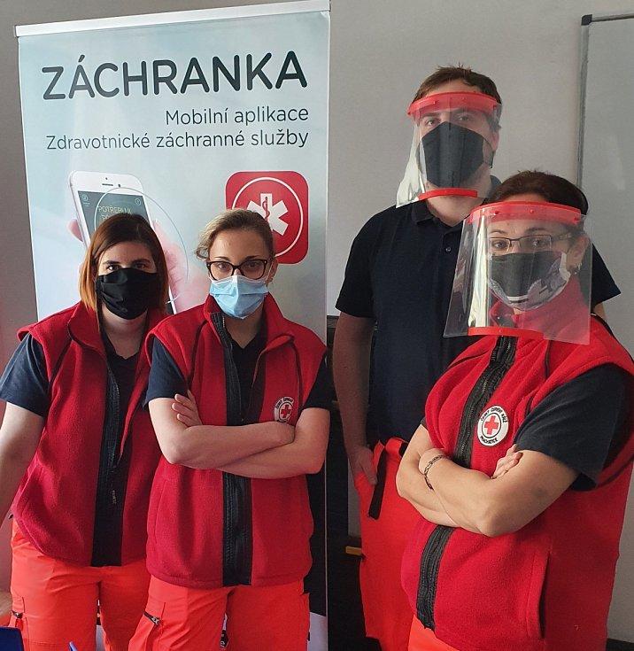 Český červený kříž pomáhá i v době koronaviru.