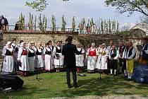 Česká píseň zazpívala v Praze a Lounech.