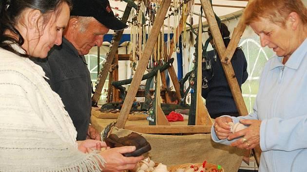Poslední prázdninová sobota patří tradičně vimperským řemeslným trhům. Ty navíc doplní countrybál a setkání harmonikářů.