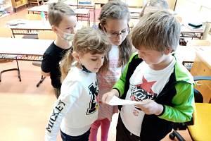 Základní škola ve Zbytinách přivítala zpět své děti.