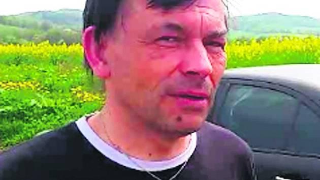 Katolický kněz Jan Sládek.