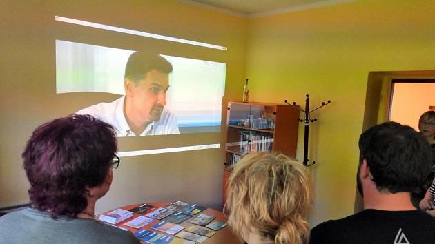Setkání zástupců komunitního plánování v kancelářích Probační a mediační služby v Prachaticích.