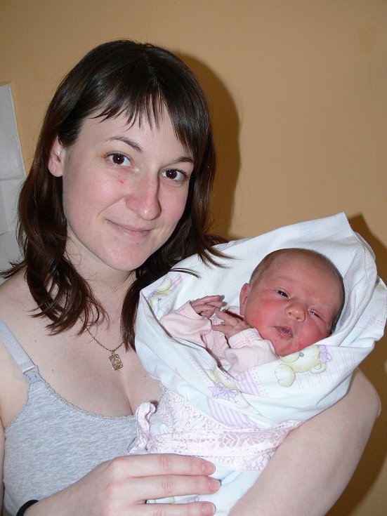 Rodičům Petře  a Petrovi z Husince  se v úterý 7. března ve 21.27 hodin narodila v písecké porodnici holčička Tereza Čermáková, měřila 48 cm a vážila 2930 gramů.