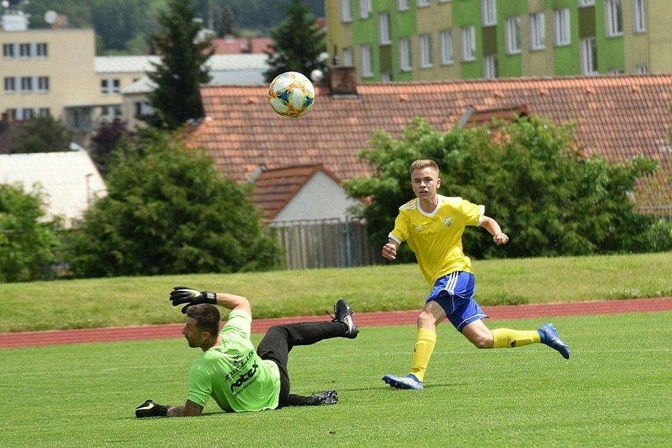 Fotbalová příprava: Vimperk - Sušice 2:4.