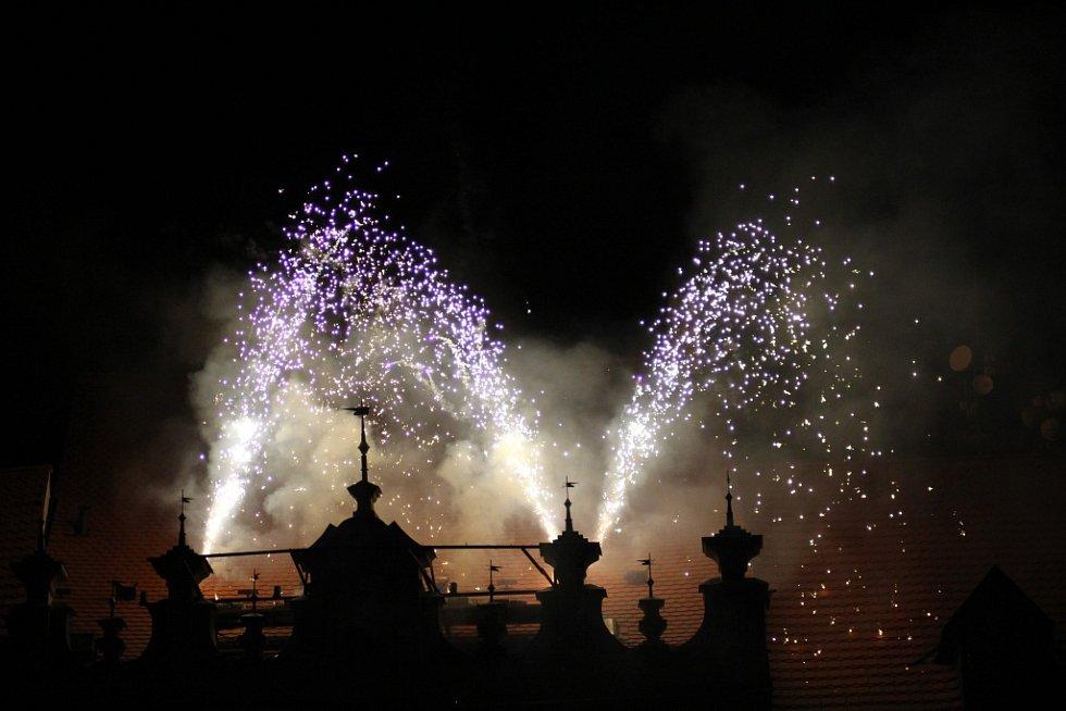 Novoroční ohňostroj 2017 v Prachaticích.