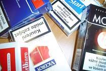 Pachatel z prodejny odcizil cigarety a veškerou hotovost. Ilustrační foto.