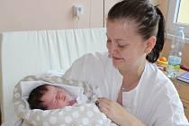 Malou sestřičku má od úterý 9. května tříletá Viktorka. Magdalénka Marvanová se narodila rodičům Nikole a Radkovi v prachatické porodnici dvacet minut před osmou hodinou večer  a vážila 3850 gramů. Celá rodina bydlí ve Volarech.