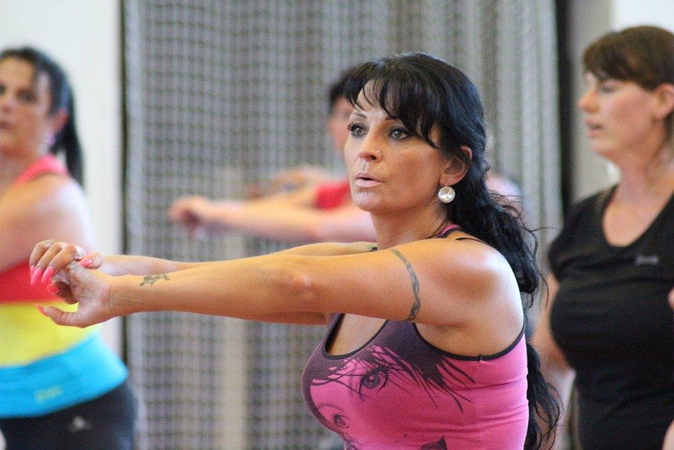 Závěr sezony obstaralo fitness s Janou Vodičkovou - Ziembovou a sebeobrana s Václavem Noidem Bártou.