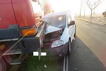 S lehkým zraněním vyvázla řidička osobního auta z nehody poblíž Babic na Prachaticku.